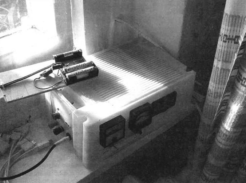 Фото 4. Зарядка «пальчиковых» аккумуляторов oт солнечной электростанции