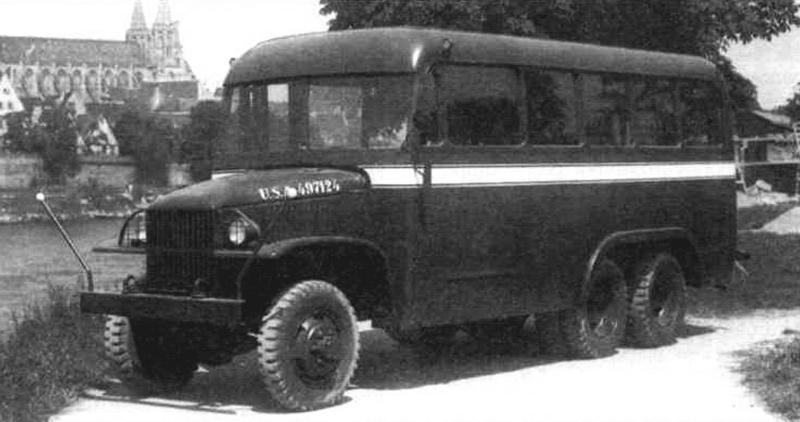 Автобус на шасси GMC CCKW 352
