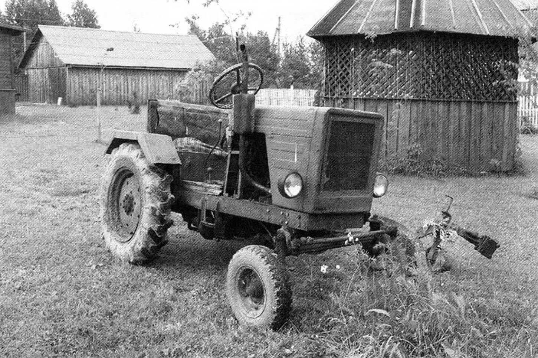 Трактор Г. Дроздова по-прежнему в хорошей форме.