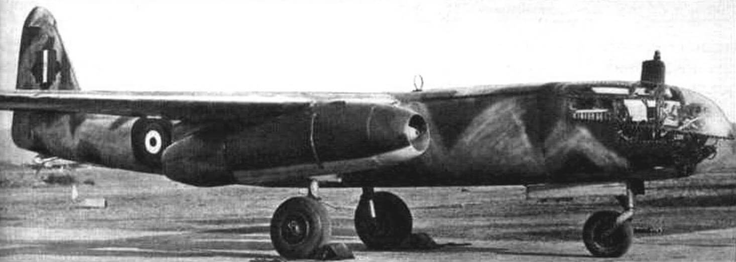 Трофейный Ar234В-2, захваченный англичанами