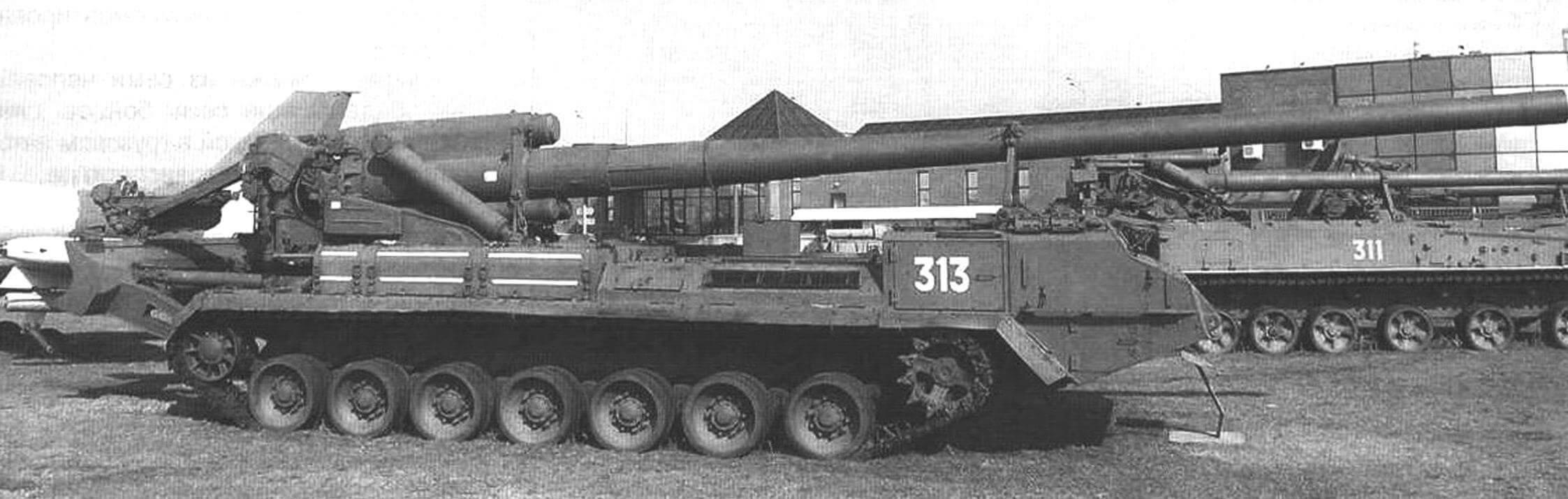 Самоходная артиллерийсная установна 2С7 «Пион»