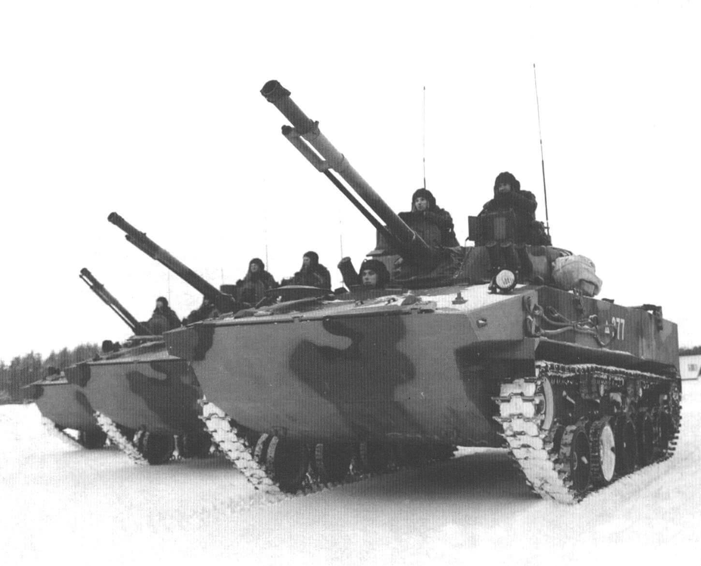 БМД-4М перед маршем