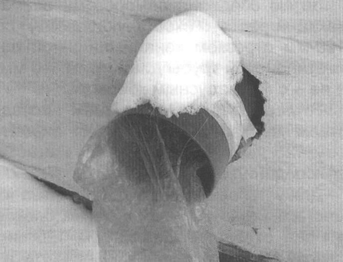 Запорный «клапан» из полиэтиленового пакета для нижнего и среднего вентиляторов