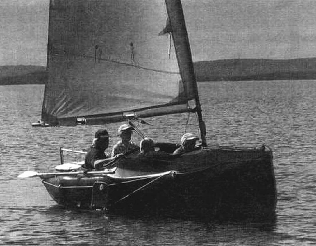«Авоська-4» позволяет взять на борт команду из четырех человек