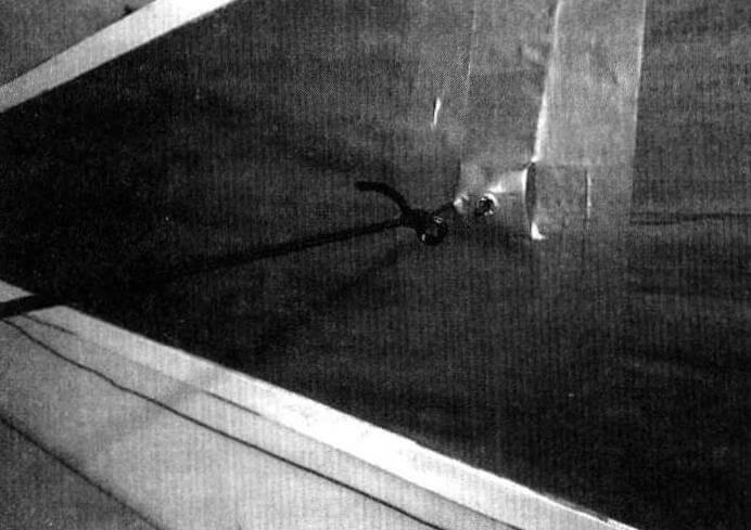 Эти стенки крыши пока временные. Они служат «рабочим макетом» для создания выкроек и понимания, где нужны окошки, «липучки», карманы и т.п. Здесь, например, будут пришиты кольца под резинки, втягивающие стенки внутрь при опускании крыши