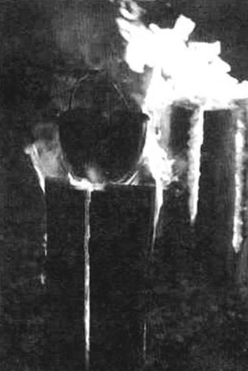 Усложняем условия эксперимента -ставим на «медленный» огонь котелок с водой
