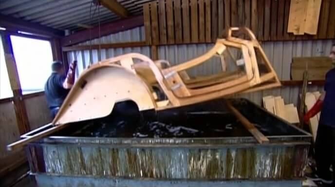 Спортивные машины с деревянной рамой