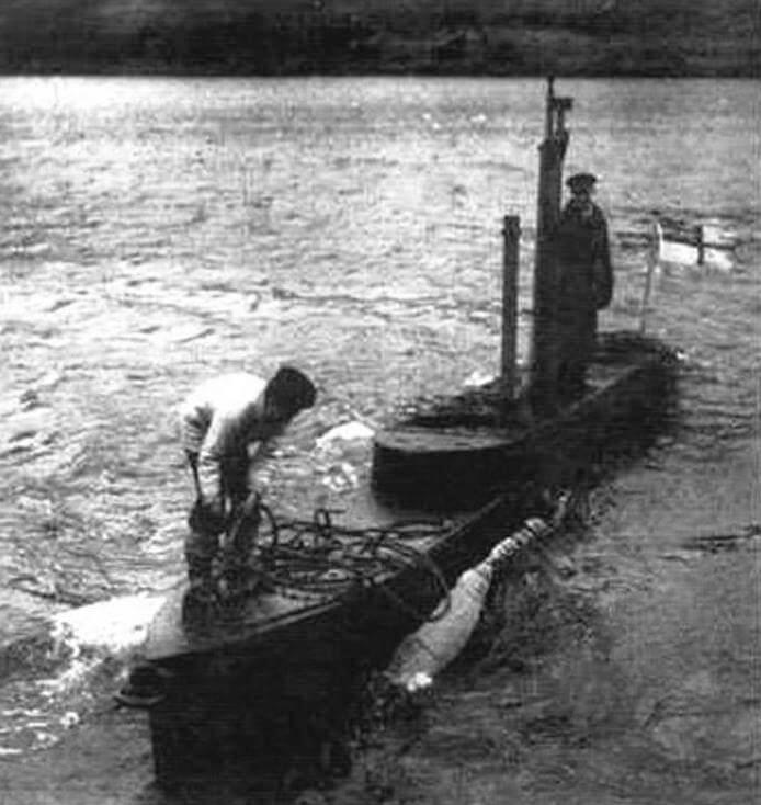 ХТ-1 на учениях. Видно, насколько опасным для «Икстов» было любое состояние моря, кроме самого спокойного