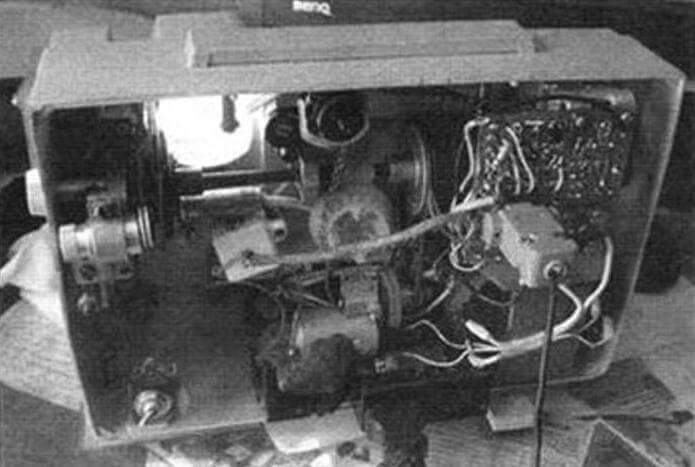 Компоновка кинопроектора после его доработки
