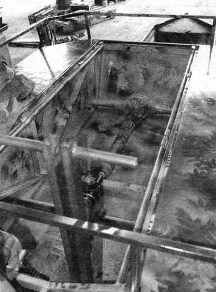 Карданный вал от «Нивы» идет от КПП к ведущему мосту автомобилей ВАЗ