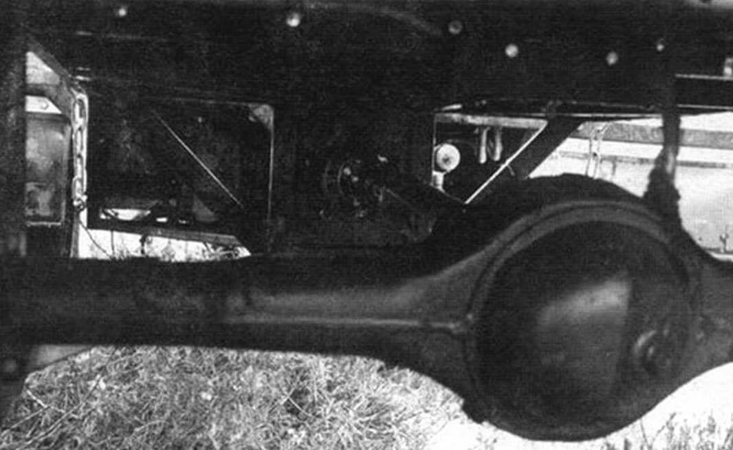 В качестве ведущих мостов использованы мосты от «ВАЗовских» автомобилей классического семейства