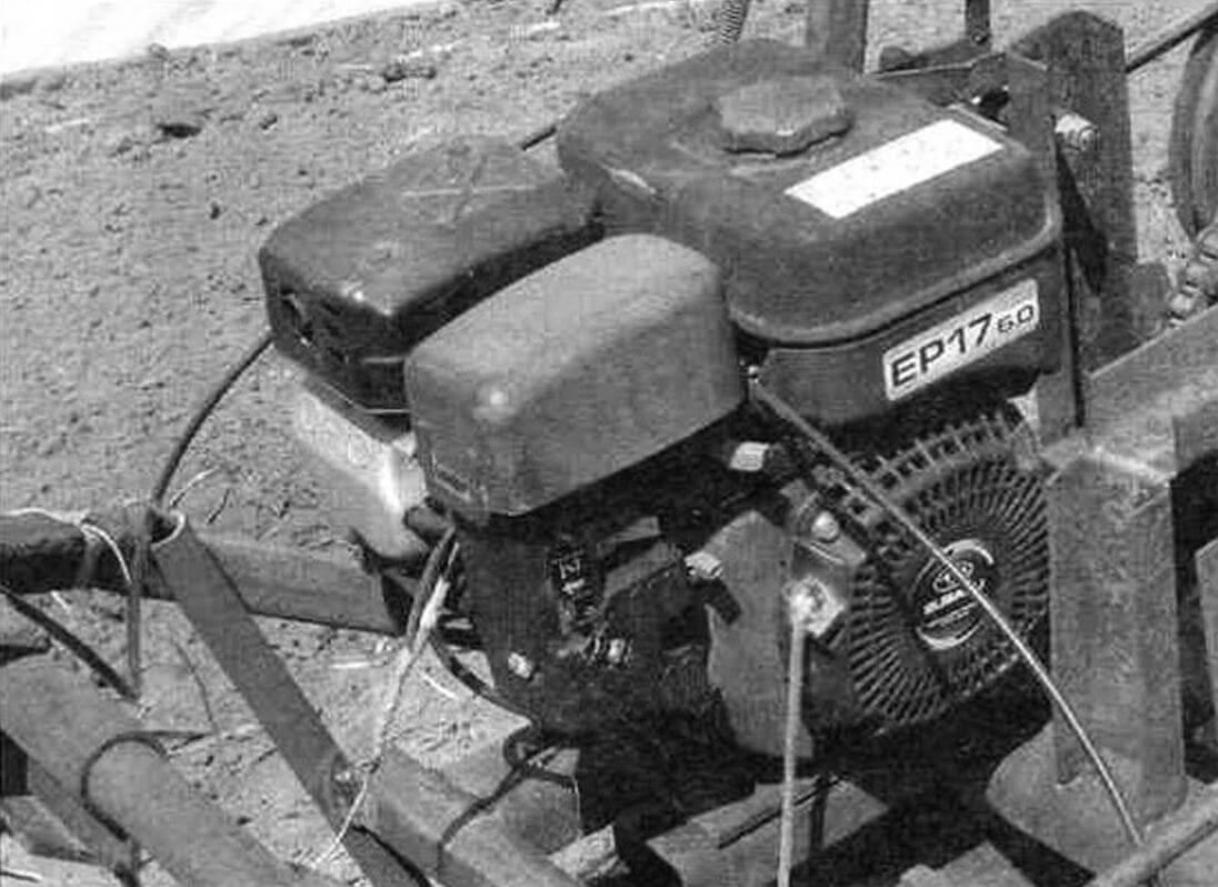Двигатель внутреннего сгорания ЕР17