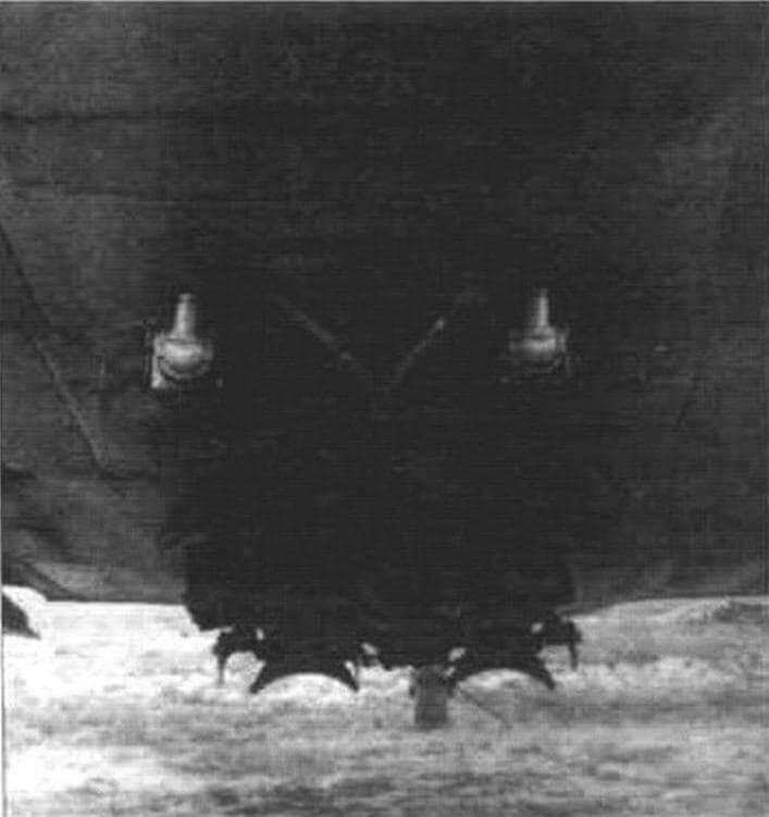 Бомбодержатели со снятым обтекателем под центропланом Bf I09G-2