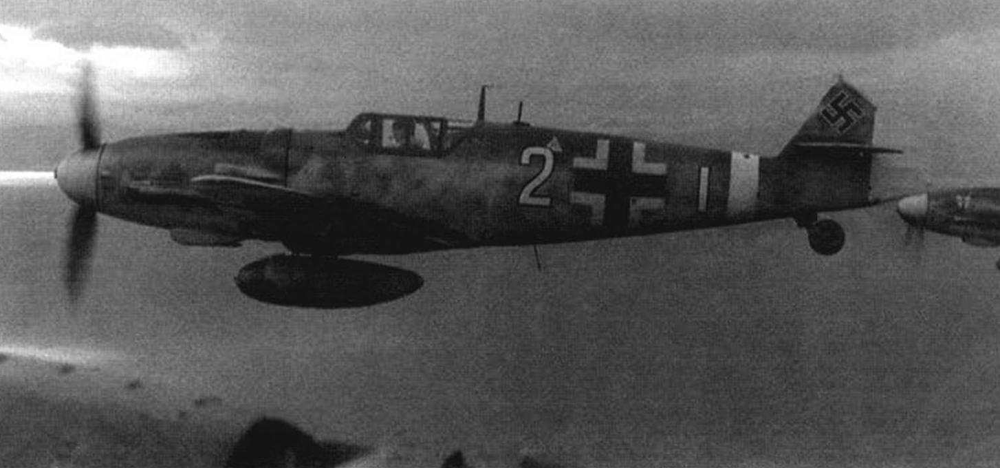 Bf 109G-6 с подвесным топливным баком