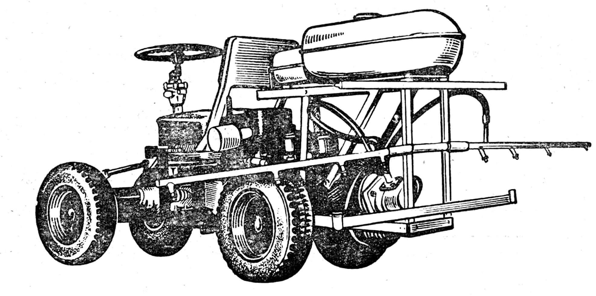 Рис. 1. Опрыскиватель на базе трактора «Риони», сделанный в средней школе № 15 Динского района Краснодарского края.