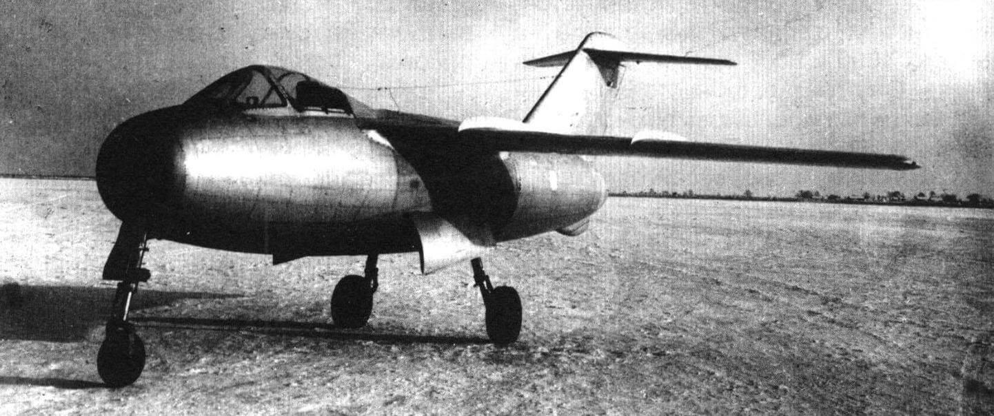 Самолет «174» - первый прототип будущего Ла-15 с хвостовой пятой