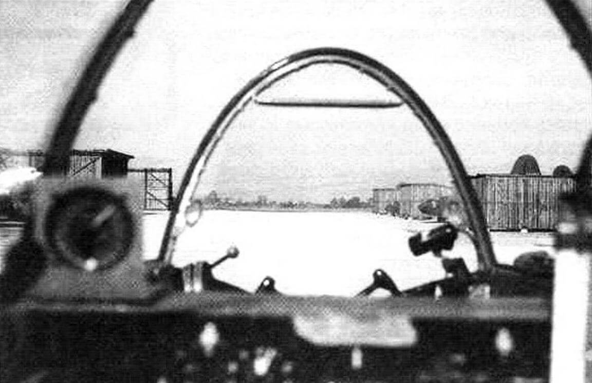 Обзор пилота из задней кабины