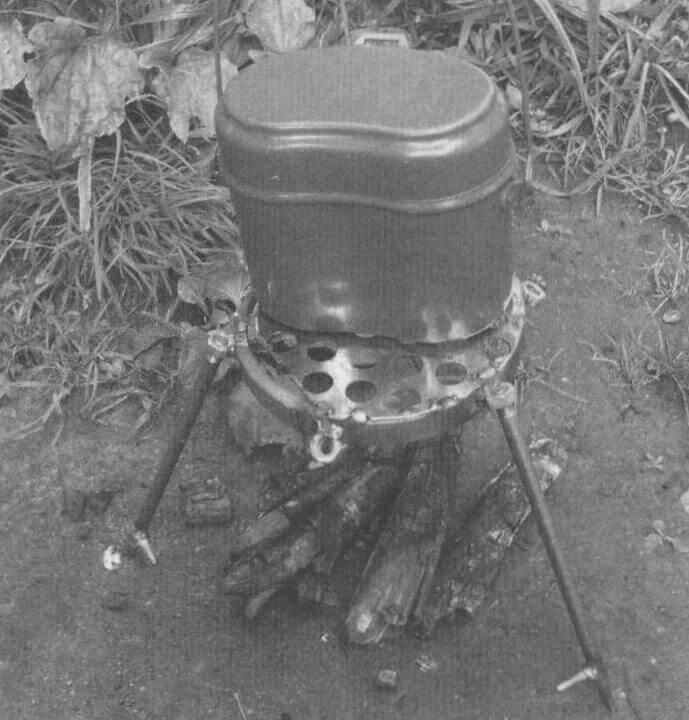 Таганок может служить как для подогрева, так и для жарки пищи
