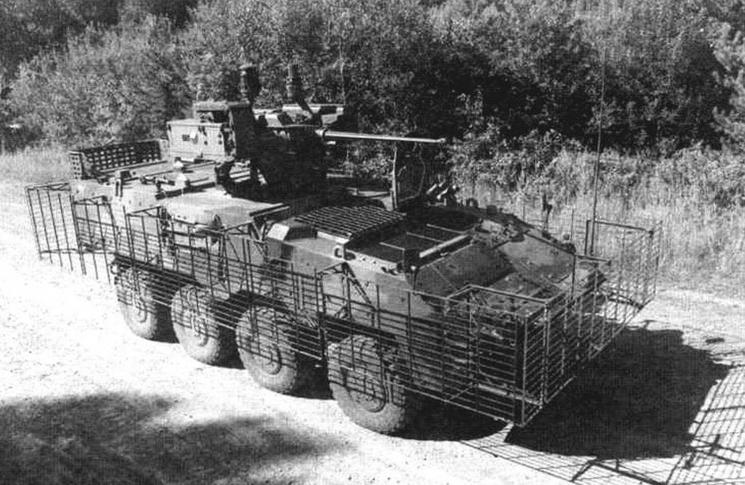 Чешский Steyr Pandur II (8x8)