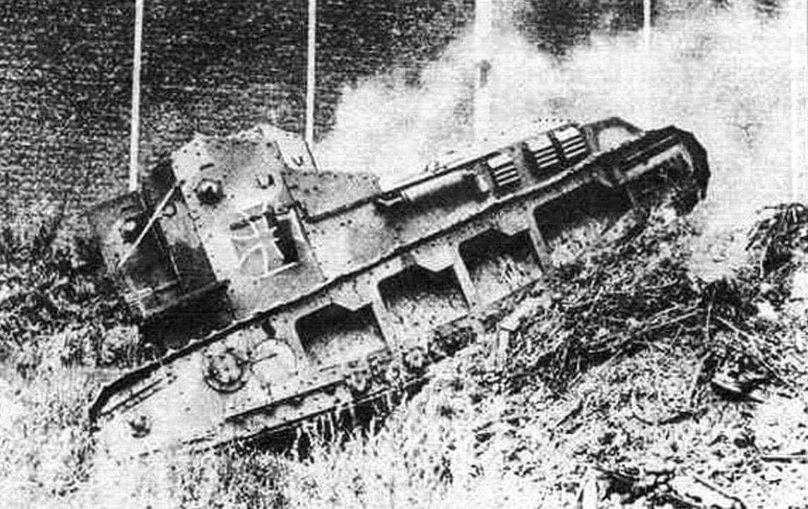 Мk. A Whippet, захваченный немцами