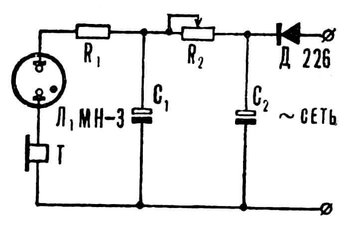 Рис. 1. Реле времени на неоновой лампе — первый вариант схемы, с которой началось собственно исследование.