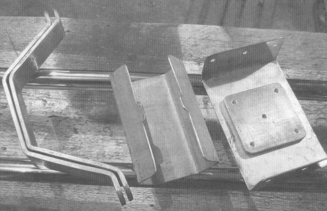 Готовые детали слайдера: направляющие и каретки