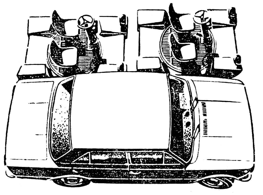 О размерах электромобиля отлично можно судить по этому рисунку, где две «Урбанины» изображены рядом с Фиат-124.