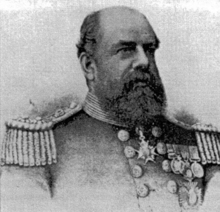 Командующий Средиземноморской станцией вице-адмирал Джордж Трайон, именно его нелепая ошибка привела к гибели корабля 22 июня 1893 года
