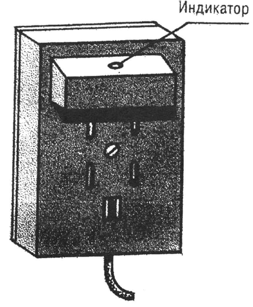 Световой индикатор, умещающийся в стандартной телефонной розетке.