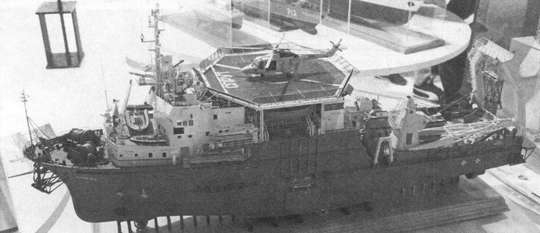 Водолазное судно «Спрут» (класс С-2, масштаб 1:85), автор С. Кузнецов, г. Санкт-Петербург