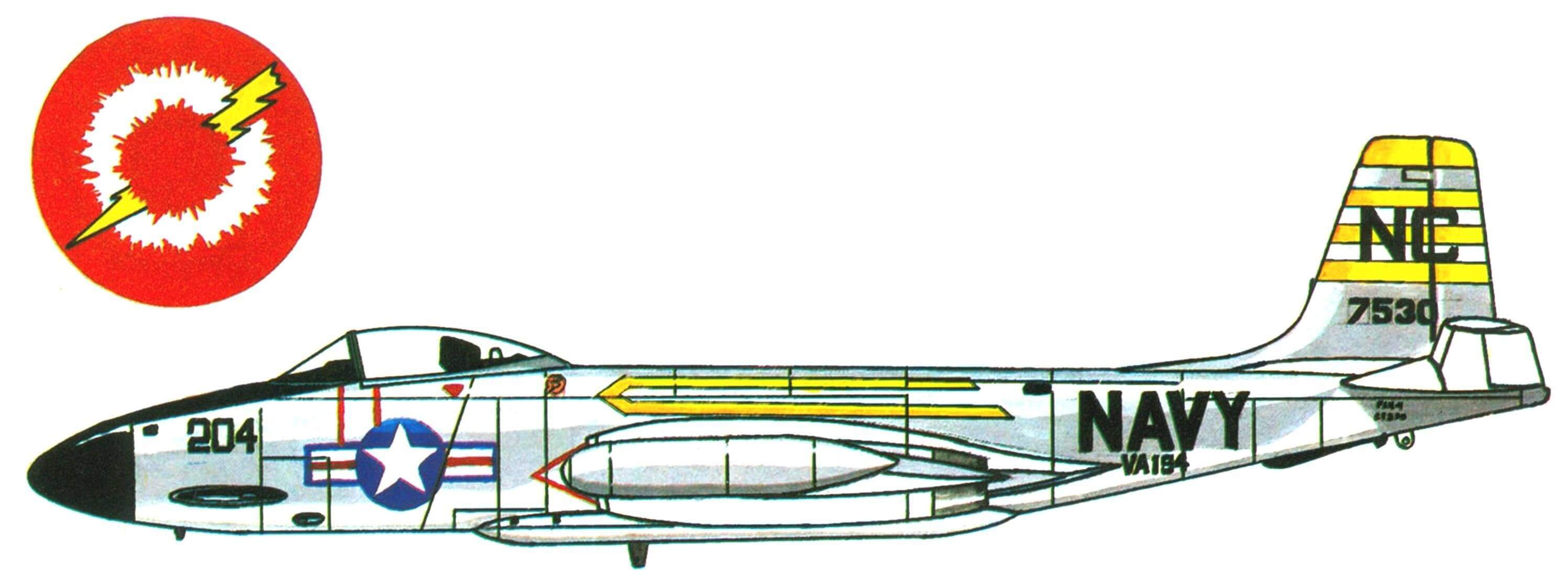 F2H-3 «Бенши» эскадрильи VA-194, авианосец «Кирсардж», 1957 год.