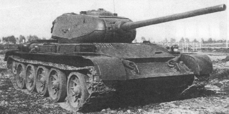 Один из первых вариантов Т-44