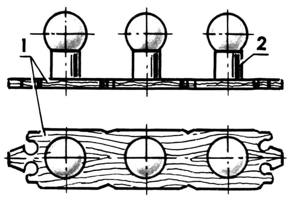 Комбинированное бра из трех светильников: 1 — основание; 2 — светильник.