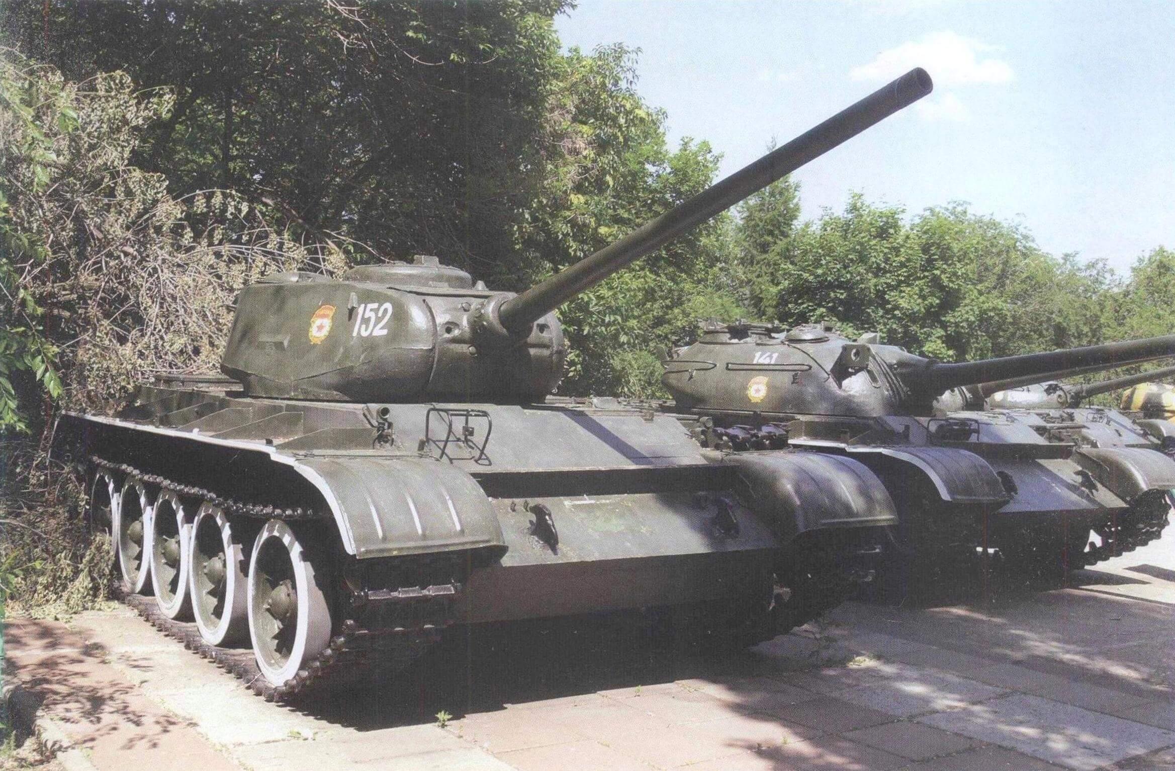 Т-44 в экспозиции саратовского Парка Победы