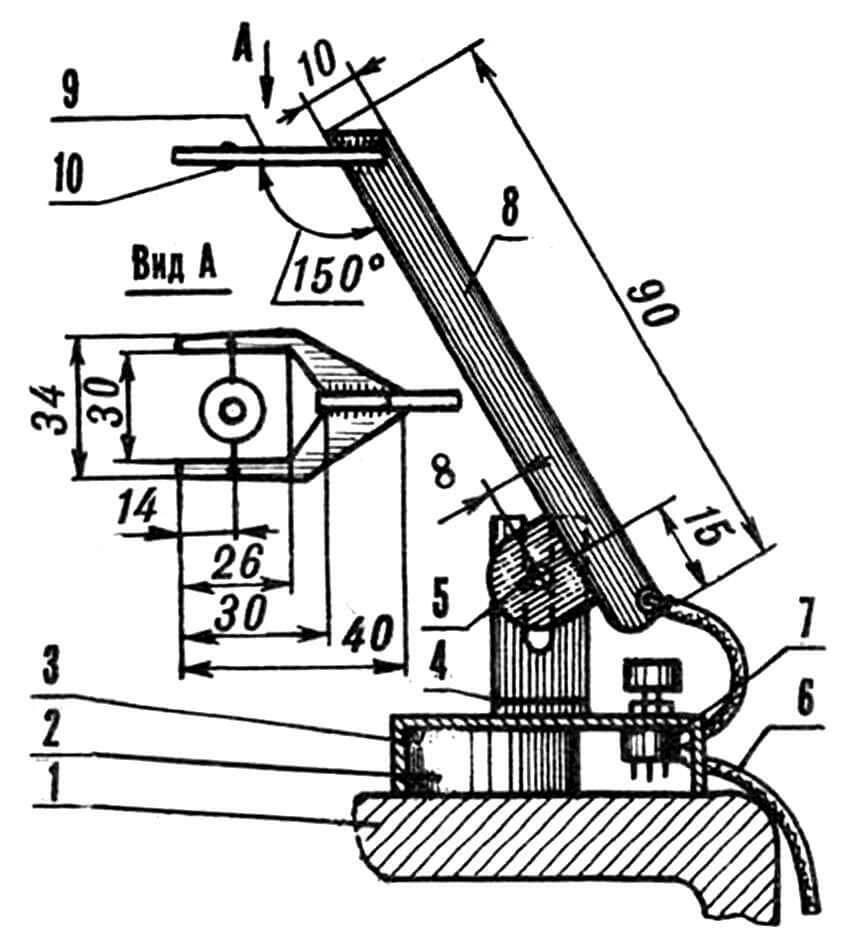 Узел термодатчика в сборе: 1 — столешница газовой плиты, 2 — магнит кольцевой (от вышедшего из строя динамического громкоговорителя), 3 — коробка-основание (из 2-мм латуни), 4 — стойка-кронштейн (из 20-мм отрезка дюралюминиевого уголка 25x40 мм), 5— винт М4 с гайкой «барашек» и шайбой, 6 — микрокабель двухжильный экранированный (длина по месту установки, 2 шт.), 7 — резистор переменный типа СПО-0,15, 8 — кронштейн с регулируемым наклоном (из 2-мм двухсторонне фольгированного стеклотекстолита), 9 — вилка (из 2-мм двухсторонне фольгированного стеклотекстолита), 10 — терморезистор ММТ-12.