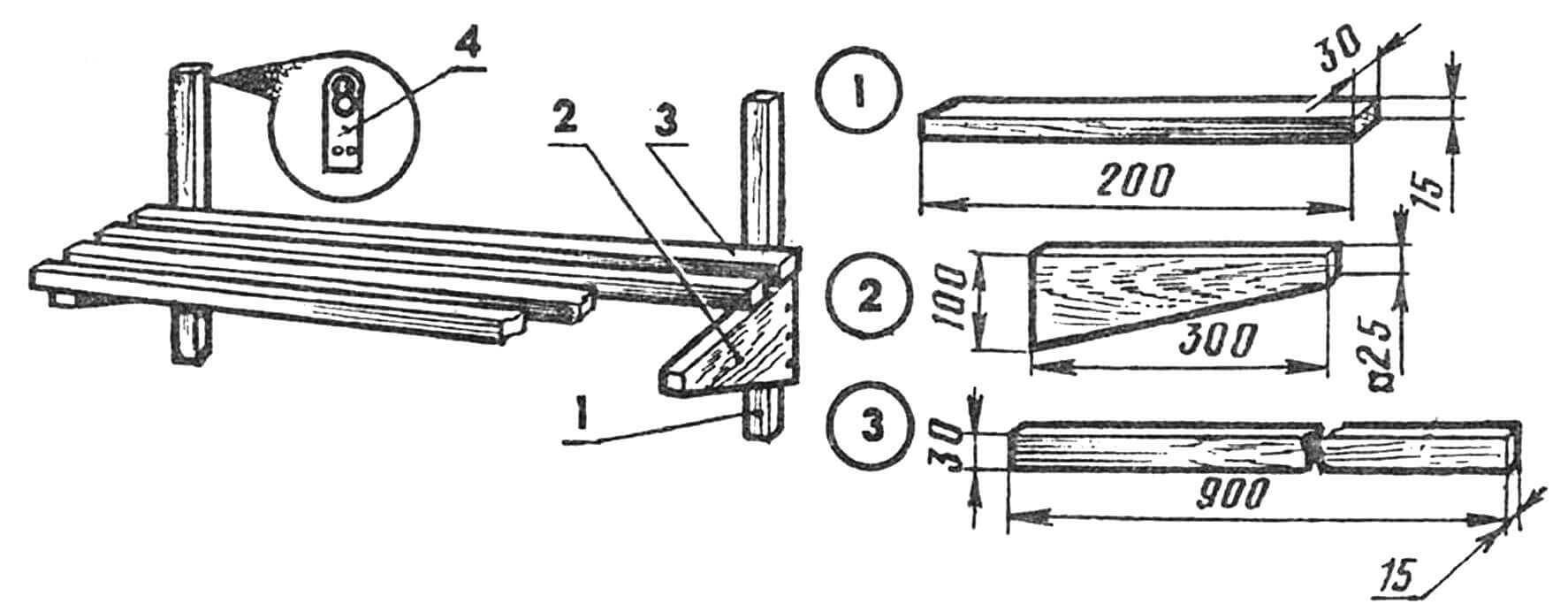 Кухонная полочка из реек: 1 — вертикальный брус, 2 — горизонтальный кронштейн, 3 — рейка, 4 — петля подвески.
