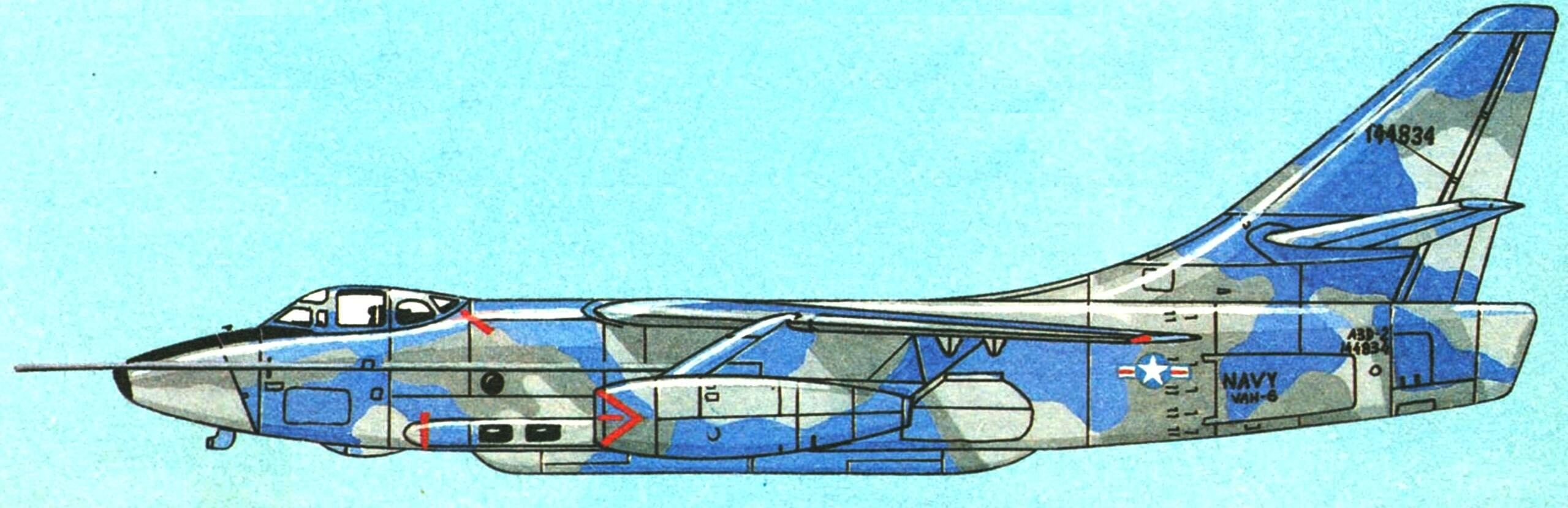 ЕА-3В модификация разведчика RA-3B с РЛС бокового обзора.