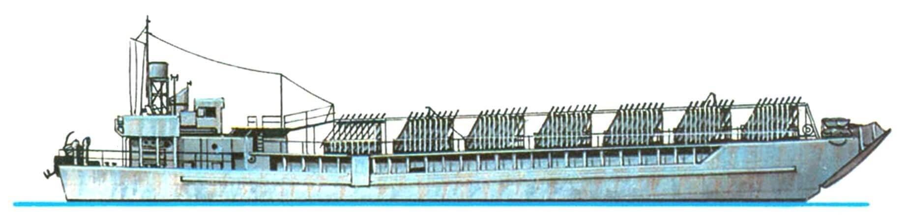 33. Корабль огневой поддержки десанта LCT(R), Англия, 1943 г. Водоизмещение стандартное 300 т, полное 570 т. Длина 58,5 м, ширина 9,5 м, осадка 2 м. Два дизельных двигателя общей мощностью 1000 л.с., скорость 9 — 10 узлов. Вооружение: 1080 реактивных снарядов, два 20-мм автомата.
