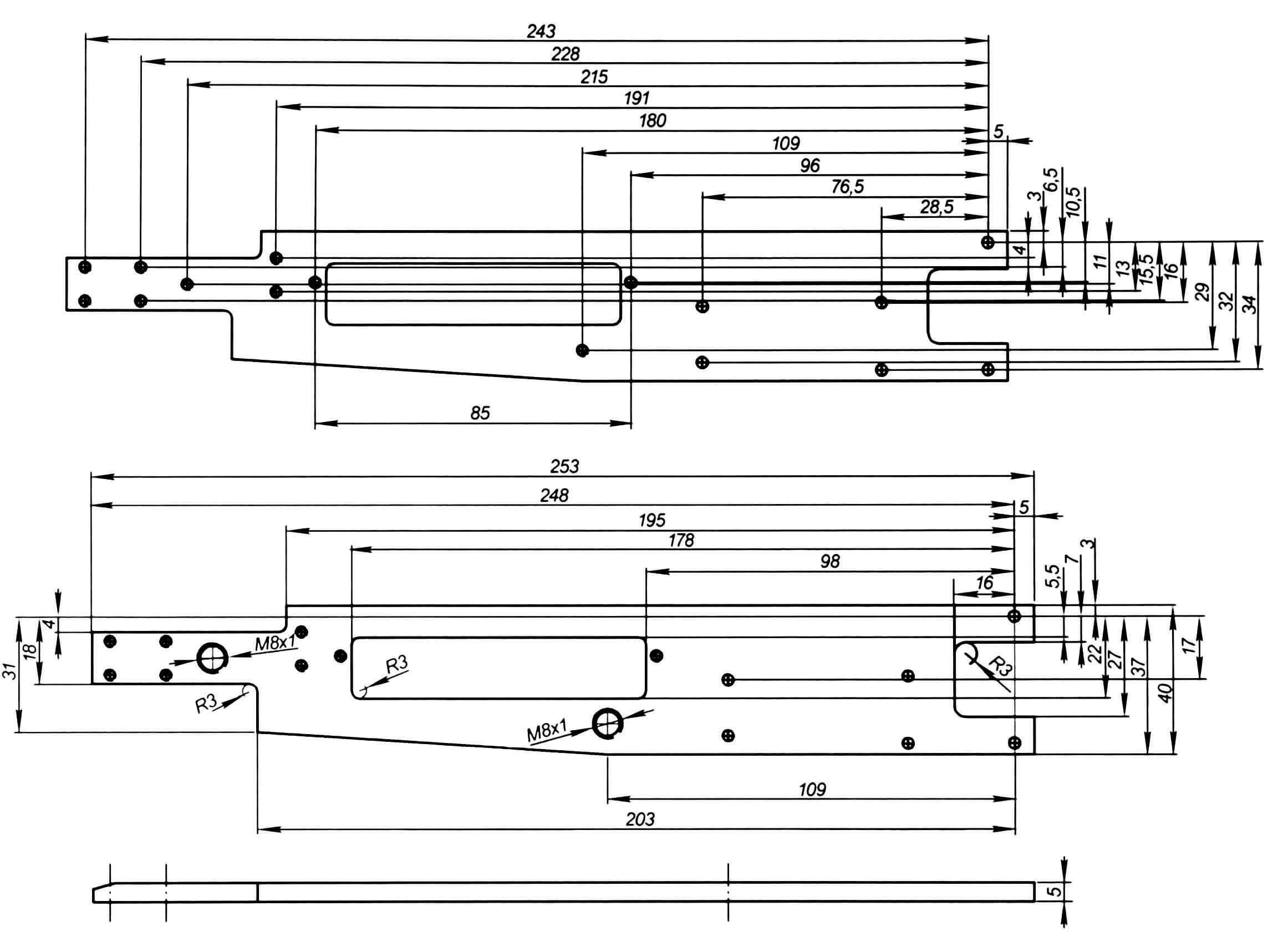 Моторная рама (материал В95Т, Д16Т). На дополнительном виде внизу показаны резьбовые отверстия под стойки крепления корпуса модели