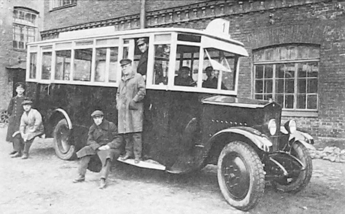 Автобус на шасси SPA с ленинградским кузовом, 1927 - 1928 годы