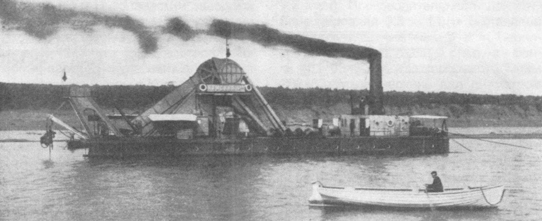 Испытания землечерпательницы «Камская-5» в районе Банного переката (р. Кама) в 1912 году