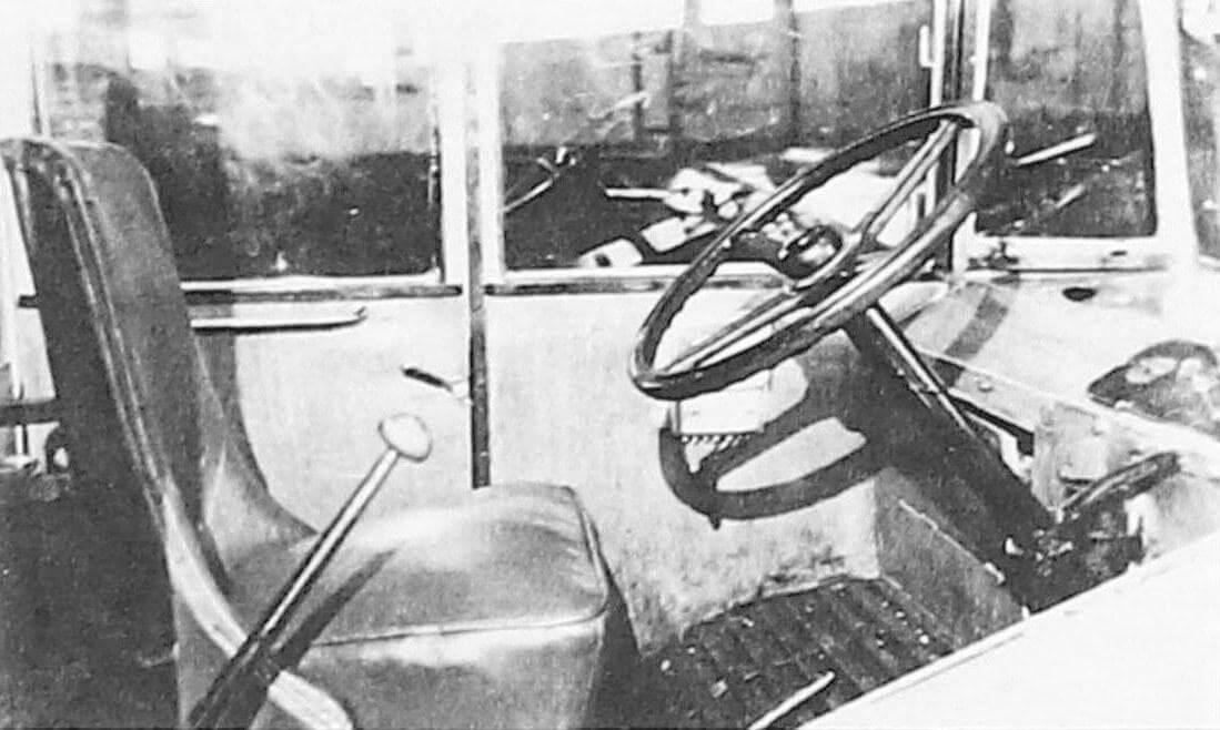 Рабочее место водителя в автобусе Л-1 (фото предоставлено ООО «ТД «СПАРЗ»)