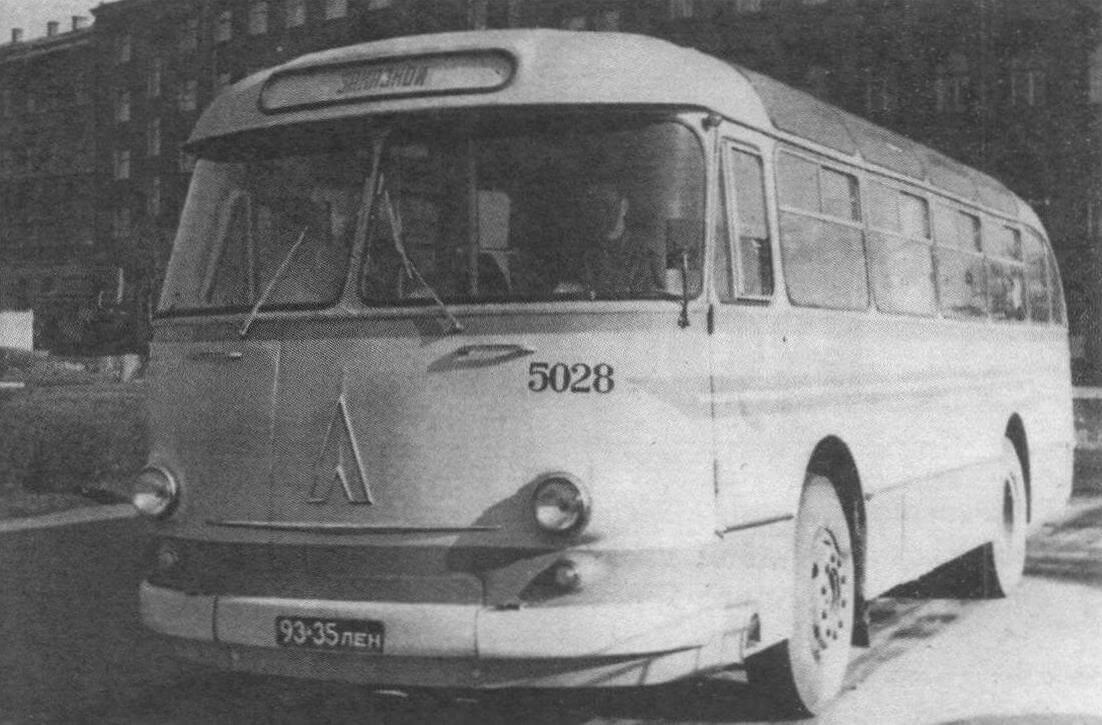 Автобус ЛАЗ-695Е Петродвоцового филиала автобусного парка № 5. 1970 год, фото В. Гомы
