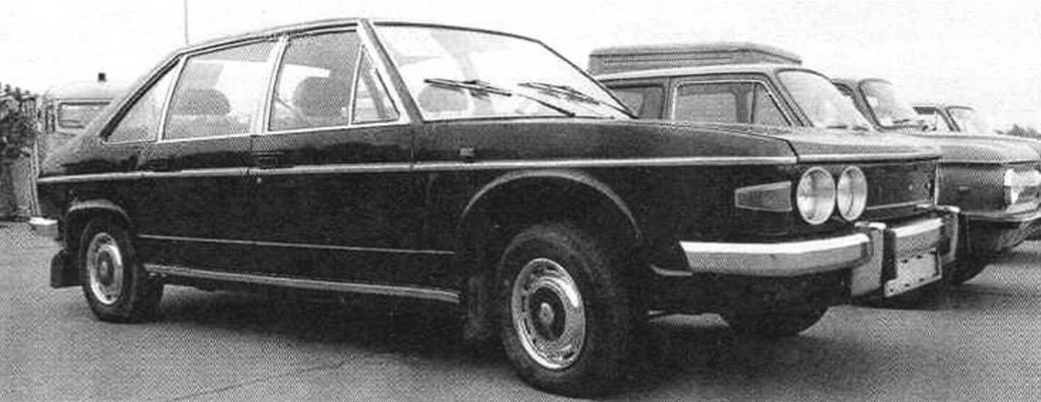 Один из немногих сохранившихся в нашей стране экземпляров Tatra 613-2