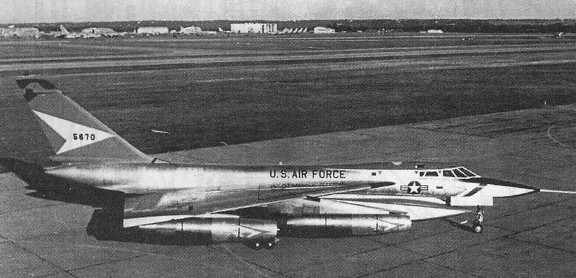 РАКЕТНО-ЯДЕРНЫЙ УБИЙЦА (Сверхзвуковой стратегический бомбардировщик C0NVAIR В-58 HUSTLER)