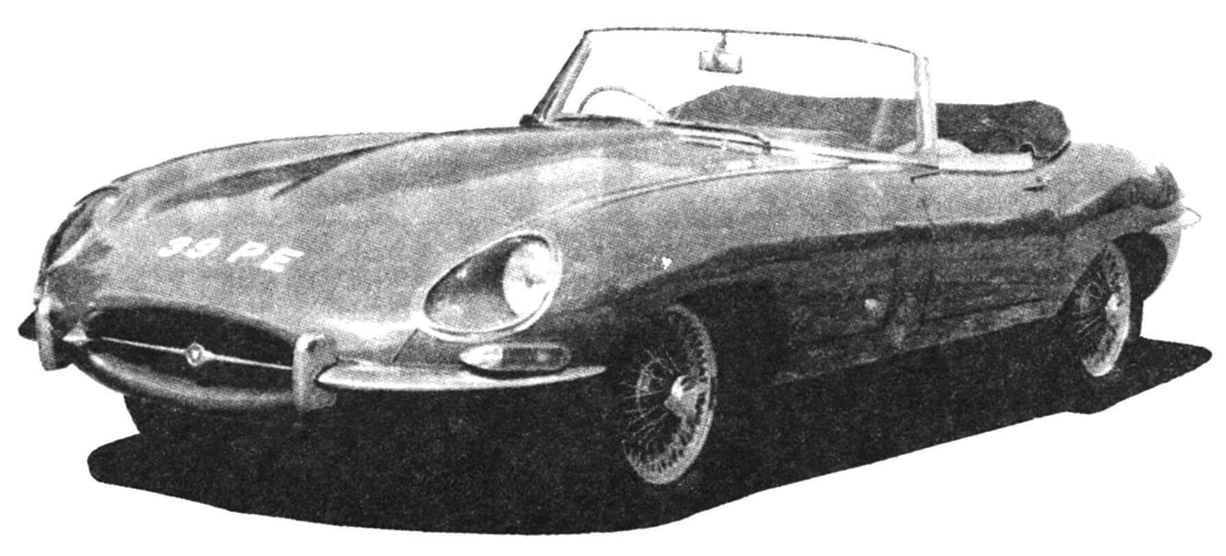 Автомобиль Jaguar Е 1961 года