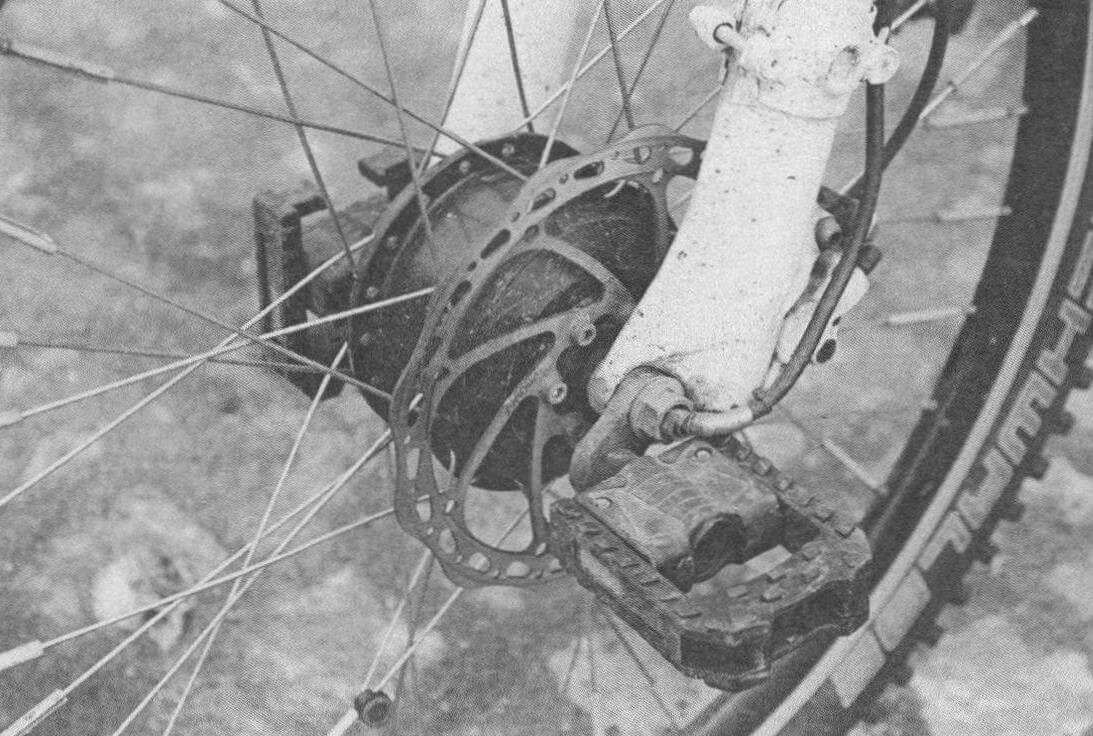 Машины с колесной формулой 2x2 были экзотикой до тех пор, пока делать на электротяге