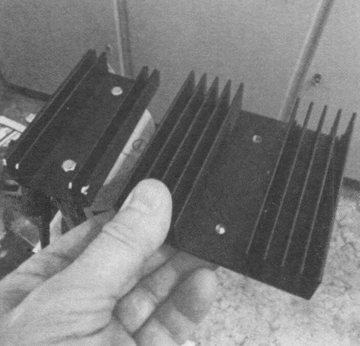 Примерка радиаторов. Для охлаждения электромотора хватило меньшего из них