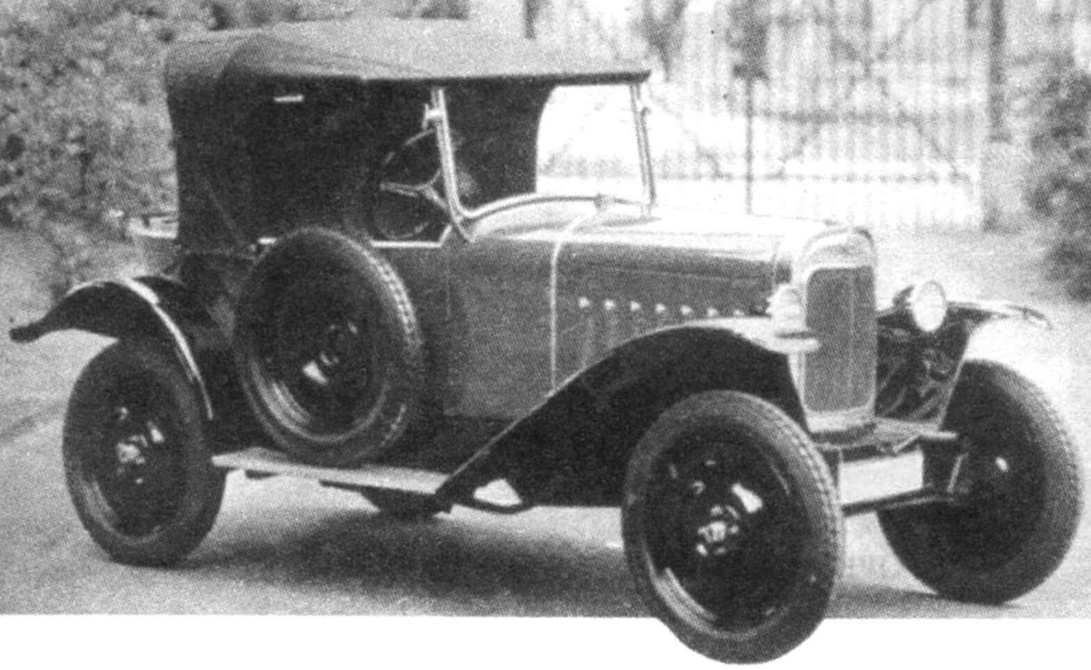 OPEL LAUBFROSH 1924 года — первый массовый автомобиль фирмы Opel (0,951 л, 12 л.с., 72 км/ч)