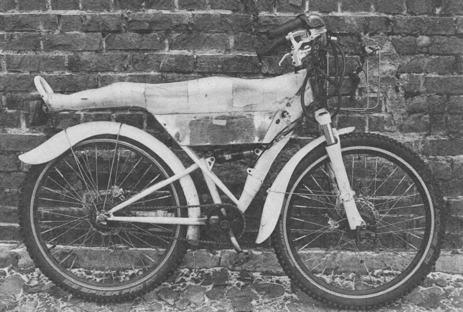 Полноприводная версия электровелосипеда А. Кудрявцева имеет подвеску обоих колес